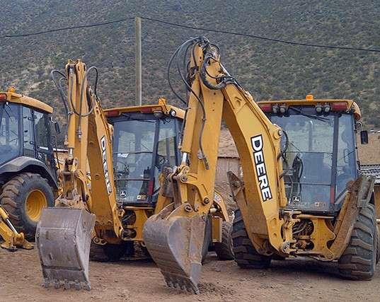 ARRIENDO DE RETROEXCAVADORA EN CHILE